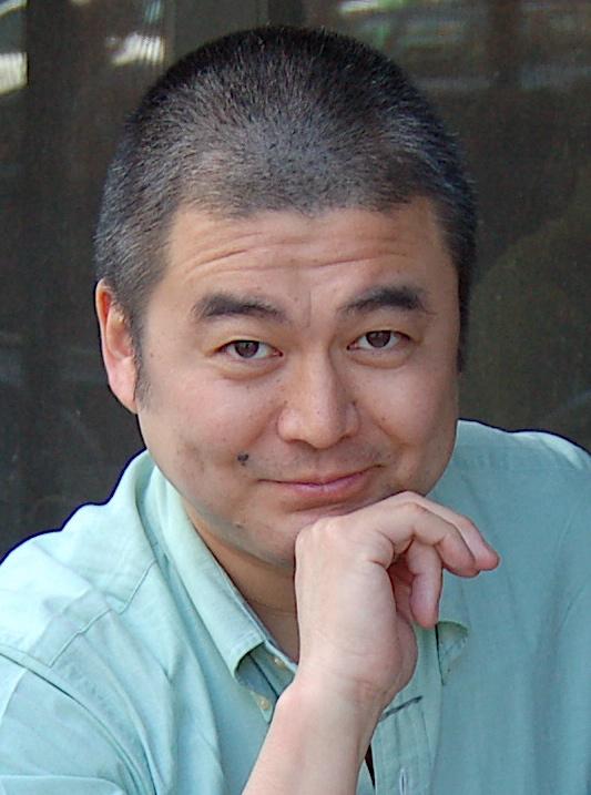الدكتور ساتوشي كانازاوا، أحد مؤلفَي الكتاب الذي لخصت أفكاره في هذه المقالة